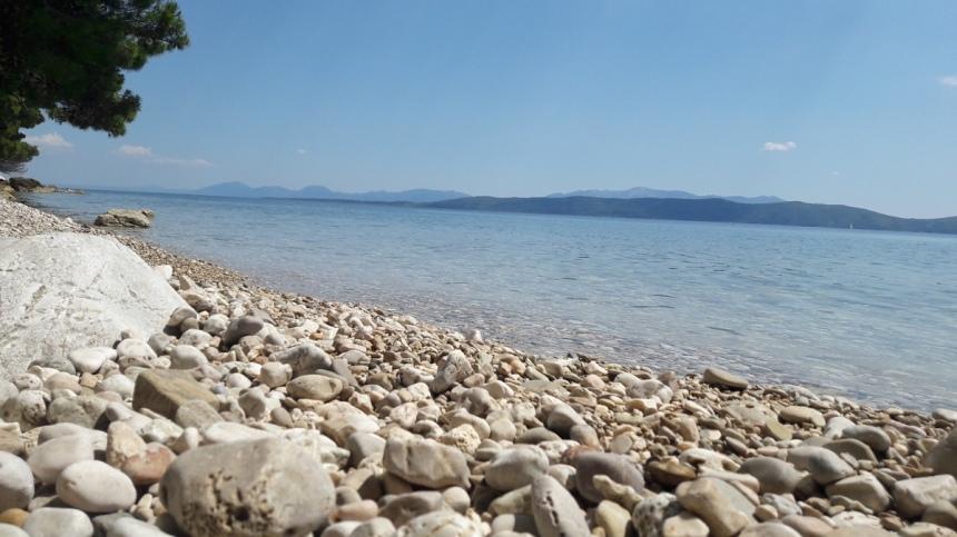 beach drasnice croatia